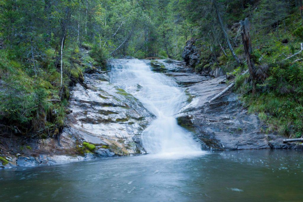 Шинокские-водопады.-Ласковый-мираж