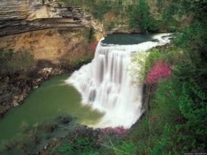 Тридцать три водопада — горное ущелье в Лазаревском районе города Сочи.