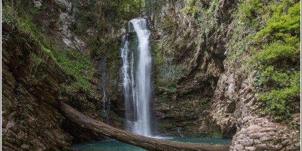 Верхний водопад Ажек