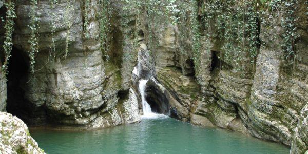 33 водопада удивительное место