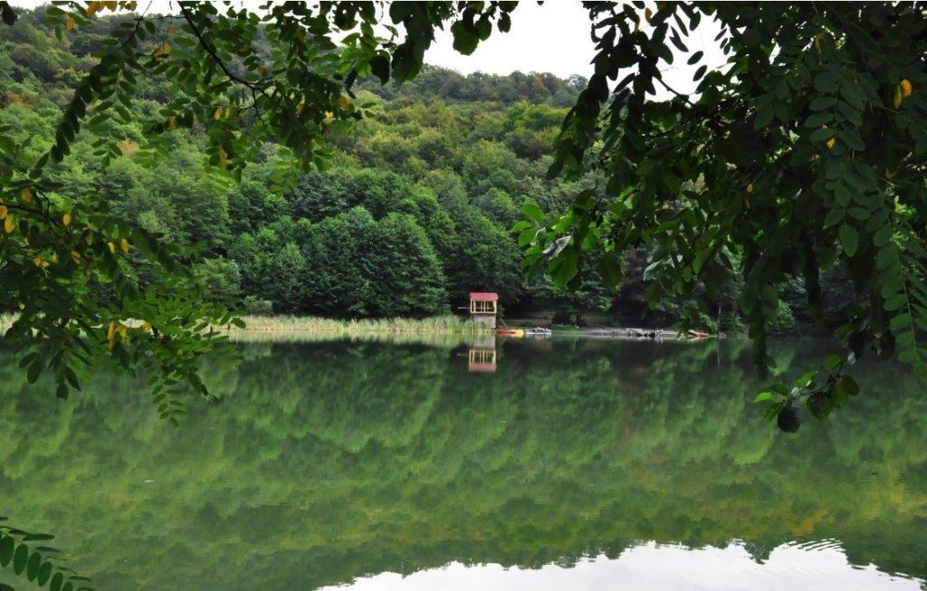 Калиновое озеро прекрасное чудо природы