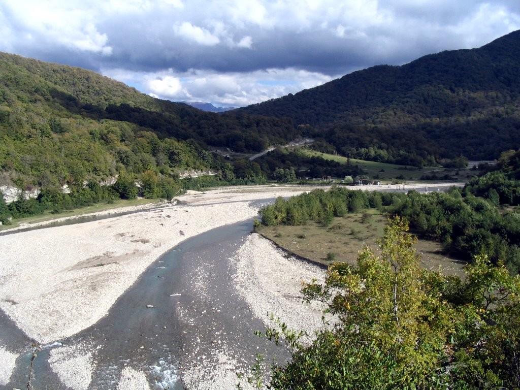 Долина-реки-Аше