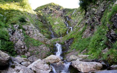 Ачипсинские-водопады